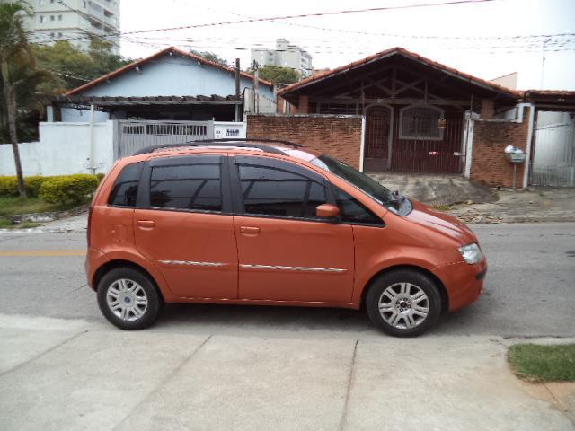 Fiat idea 1 8 4p hlx flex laranja 2006 auto v8 carro for Fiat idea hlx 1 8 2006 caracteristicas